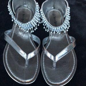 Nature Breeze beaded sandals